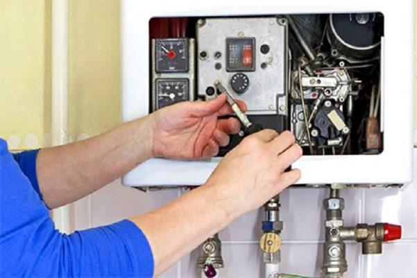 sửa máy nước nóng lạnh